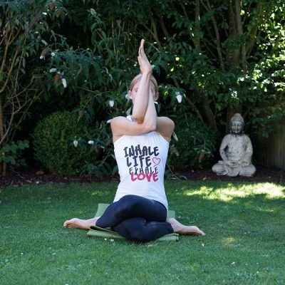 Personal Yoga Frankfurt - Adlerarme